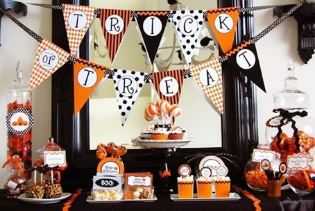 tavola-decorata-per-halloween